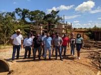 Vereadores e representantes da prefeitura visitam obras das pontes de concreto e reitera que continuarão cobrando pela pavimentação do anel viário e por mais pontes para Paranatinga